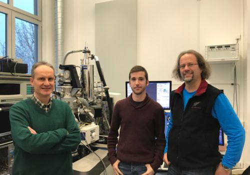 Using the Helium Ion Microscope in Dresden with Dr. Gregor Hlawacek and my PhD student Pablo Orús in January 2019